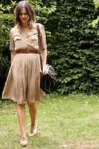 ivory shoes - tan dress - black bag - dark brown belt
