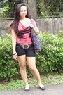 Bag-black-knitted-shorts-salmon-jeans-blouse
