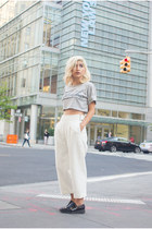 dark gray unknown shoes - ivory Zara pants