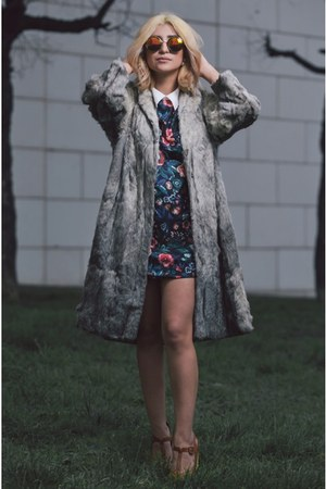 heather gray faux fur thrifted vintage coat - tawny Biography shoes
