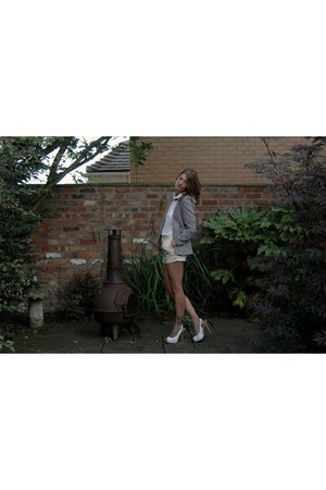 River Island blazer - dogtooth Forever 21 shorts - FF blouse - new look necklace