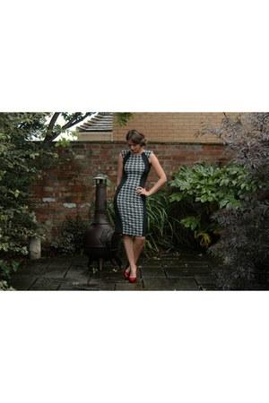 River Island dress - Miss Selfridge heels