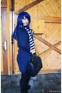 Navy-hoodie-dress-janina-hoodie