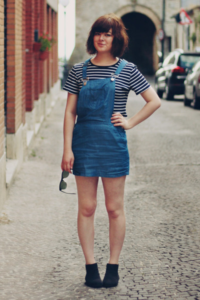 navy Internet shop dress - black thrifted and diy t-shirt