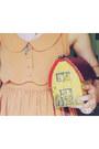 Nude-vintage-dress-brick-red-vintage-bag-bronze-naot-kedma-loafers