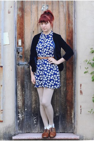 navy velvet thrifted blazer - bronze NAOT shoes - blue thrifted dress