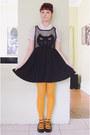 Black-romwe-dress-mustard-daiso-tights-cream-scalloped-vintage-blouse