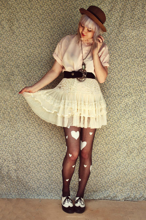 brown straw bowler Wholesale-Dress hat - cream OASAP skirt