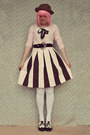 Brown-straw-bowler-wholesale-hat-white-ribbed-opaque-oasap-tights