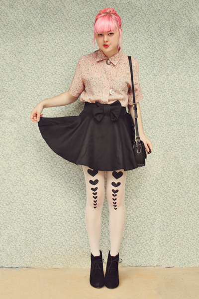 white DIY tights - black suede Rubi shoes boots