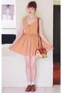 Brick-red-vintage-bag-nude-vintage-dress-bronze-naot-kedma-loafers