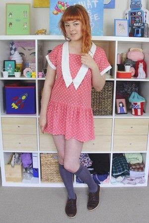bubble gum vintage dress - brown kedmas NAOT shoes