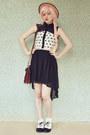 Dark-brown-satchel-vintage-bag-black-heart-print-awwdore-dress