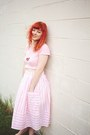 Pink-thrifted-vintage-skirt-hot-pink-yoshimis-lab-necklace
