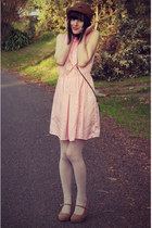 light pink vintage dress - dark brown wholesale hat