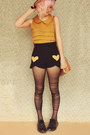 Yellow-diy-shorts-black-patent-leather-dr-martens-vintage-boots