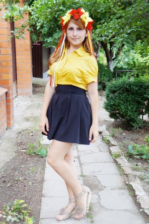 yellow blouse - off white shoes - black skirt