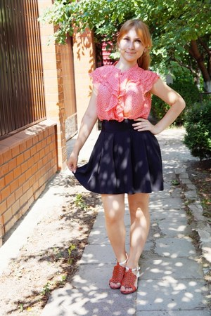 bubble gum pink elis blouse - black black unknown brand skirt