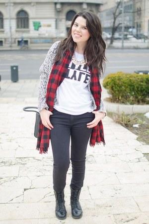 black Zara jeans - Deichmann boots - red Zara scarf