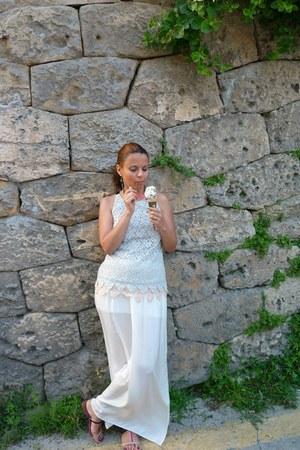 Zara skirt - Massimo Dutti blouse - Zara sandals