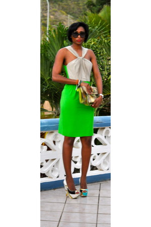 green green jersey Kenneth Cole dress - cream green snakeskin Guess bag