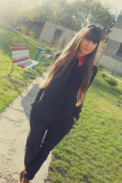 tawny zara boots - black zara jeans - black bershka blouse