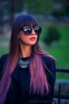 Glow necklace - kenvelo coat - Koton sunglasses