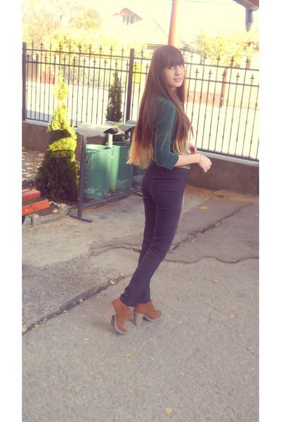 zara boots - stradivarius jeans - glow scarf - dark green bershka blouse