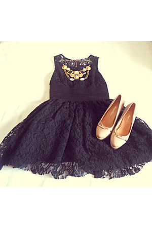 black infiniteen dress - nude zara shoes - necklace