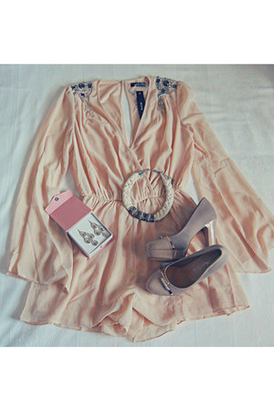 zara shoes - nude lulus romper - bb earrings - stradivarius necklace