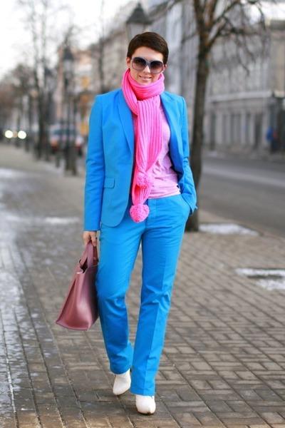 blue H&M Man pants - bubble gum H&M top