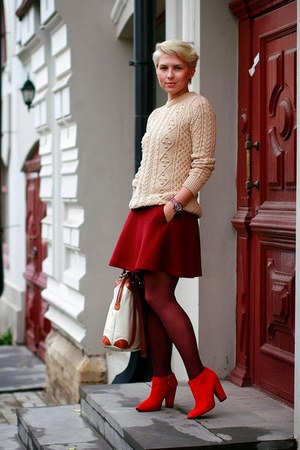 brick red Gap skirt - cream Zara sweater