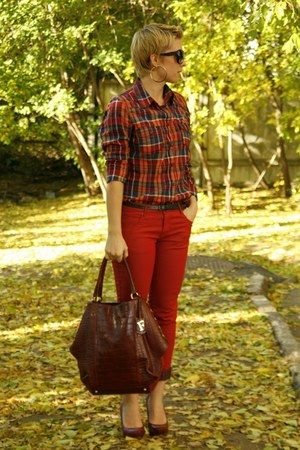 ruby red H&M shirt - crimson Furla bag - brick red Aldo heels