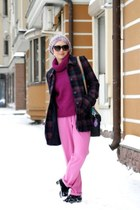 magenta Uniqlo sweater - hot pink H&M pants