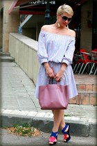 pink Furla bag - blue Zara heels