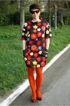 red H&M dress - brick red Aldo shoes - black Mango sunglasses