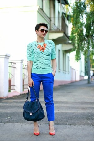 aquamarine H&M top - blue Promod pants - carrot orange Zara pumps