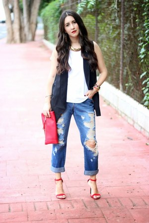 black Forever21 vest - blue Forever21 jeans - red Sole Society bag
