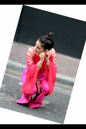 red Gracia top - hot pink New York Company pants