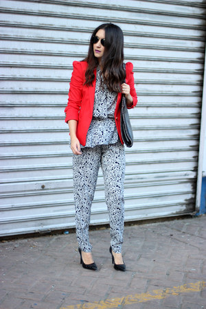red Zara blazer - black Jorge Bischoff pumps