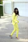 Light-yellow-sheinsidecom-blazer-peach-calvin-klein-bag