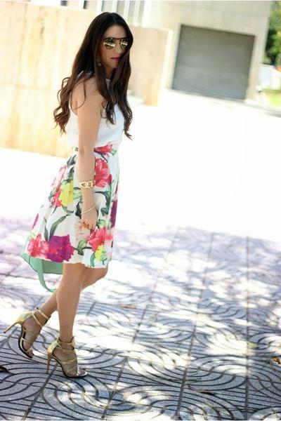 off white ted baker skirt - aquamarine Shoedazzle bag - yellow Shoedazzle heels