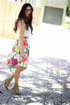 off white ted baker skirt - aquamarine Shoedazzle bag - yellow Shoedazzle heels