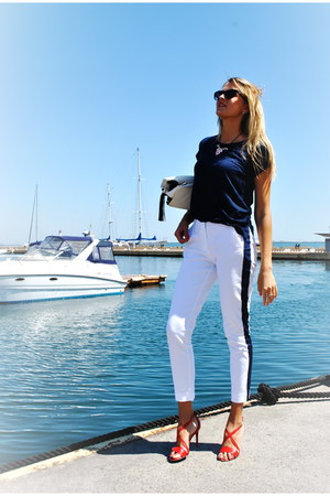 white bag - white pants - red nivellle heels - navy oodji top