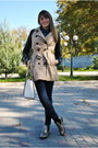 Gold-boots-camel-stradivarius-coat-navy-stradivarius-jeans