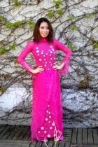 A.Vietnamese Girl. P