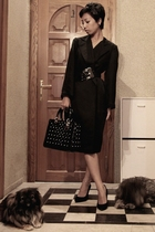 black coat dress donna karan dress - black studded dior purse
