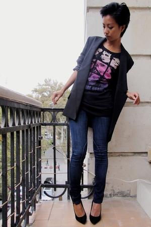 black jacket Stella McCartney - black shirt united colors of benetton