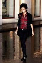 black jacket Stella McCartney - red Ralph Lauren - black skinny jeans Mango