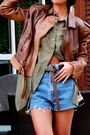 Ray-ban-brown-zara-h-m-shirt-brown-zara-belt-blue-versus-by-versace-vint